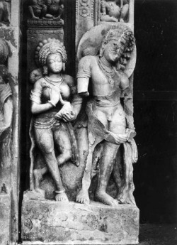 Fig. 12. Figures on doorjamb. Ca. 500–525. Daśāvatāra temple, Deogarh, Lalitpur District, Uttar Pradesh, India. Sandstone. Photograph: Courtesy of the American Institute of Indian Studies, 43705.