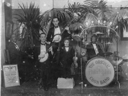 Figure 1. The Original Philadelphia Coon Band, London. Pete Robinson at the drums. Photo courtesy of Suzy Kester by inheritance from Pete Robinson. Photo restoration by Tony Jones.