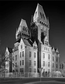 Figure 1. Administration Building, Buffalo State Hospital, Buffalo, New York, 2003