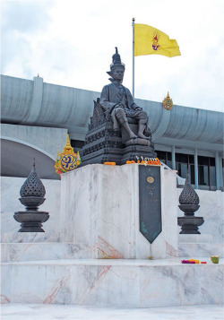 Figure 5. The Royal Statue of King Prajadhipok at the National Assembly, Bangkok. Source: Author
