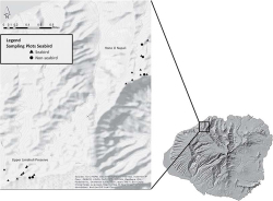 Figure 1. Location of plots in Upper Limahuli Preserve (ULP) and Hono O Nā Pali (Pihea), Kaua'i, Hawai'i. Seabird plots are represented with a triangle, and nonseabird plots are represented with a circle. Image courtesy of National Geographic, Esri, DeLorme, HERE, UNEP-WCMC, USGS, NASA, ESA, METI, NRCAN, GEBCO, NOAA, iPC.