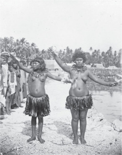 Fig. 5. Two Dancing Girls from Little Makin—Gilbert Islands. Belong to Dancers Brought by Chief Karaiti to Butaritari to Compete with Local Dancers.