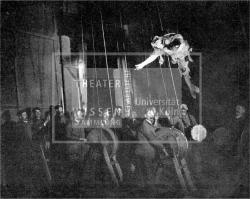 Figure 20. Wogelind mocks Alberich, Das Rheingold (Richard Wagner), Bucharest, 1908. Unidentified newspaper clipping. TWS.